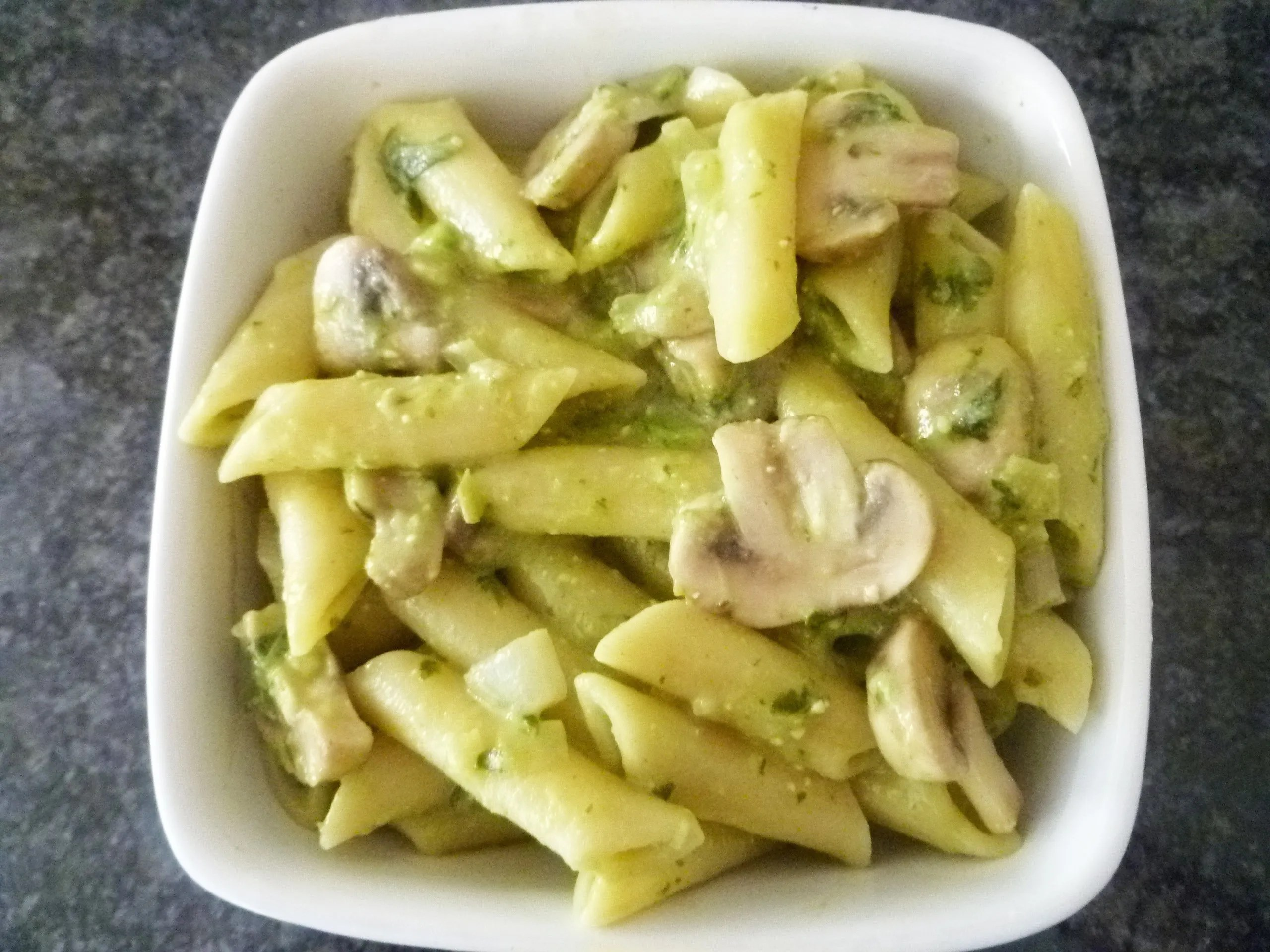 Light Creamy Penne Pesto