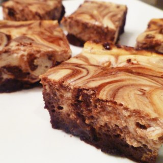 Maple Cheesecake Brownies