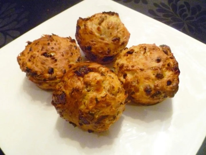 Savoury Cottage Cheese Muffins -- Fluffy cottage cheese muffins packed with herbs, sun-dried tomatoes and sautéed mushrooms. | thishappymommy.com