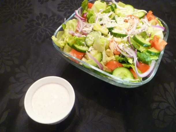Creamy Greek Salad -- Greek salad tossed with a rich and creamy Greek yogurt salad dressing, made without oil, cream or mayonnaise. | thishappymommy.com