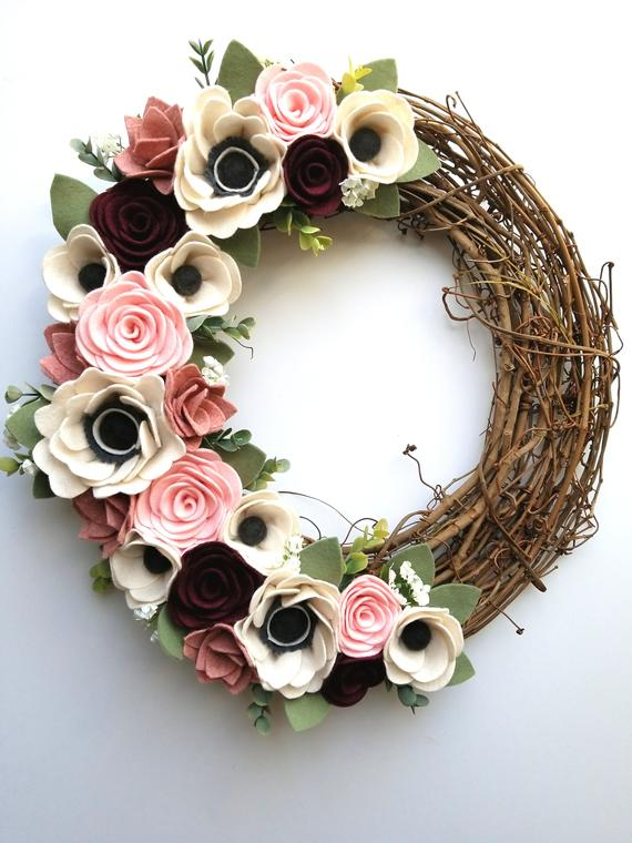 How to Make a Floral Wreath with Your Cricut