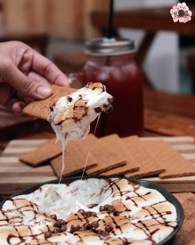 S'mores and chocolate chips from Flip & Dine