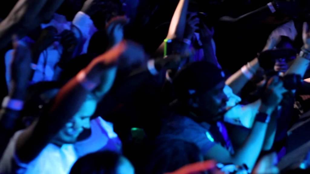 Lloyd Banks & The Unit @ Ryan Leslie Show (ft. Fabolous)