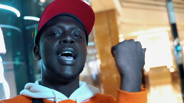 Muga Bagz – Blue Strips (Music Video)