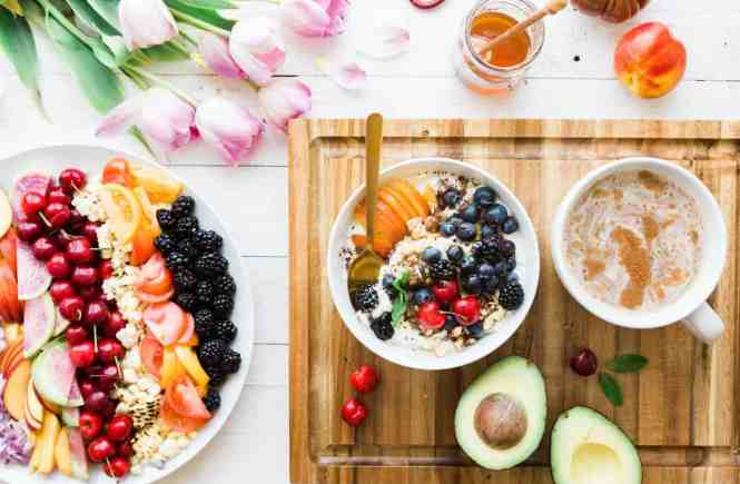How to Eat Healthy with a Busy Schedule