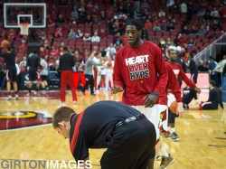 Montrezl Harrell waiting for the ball.