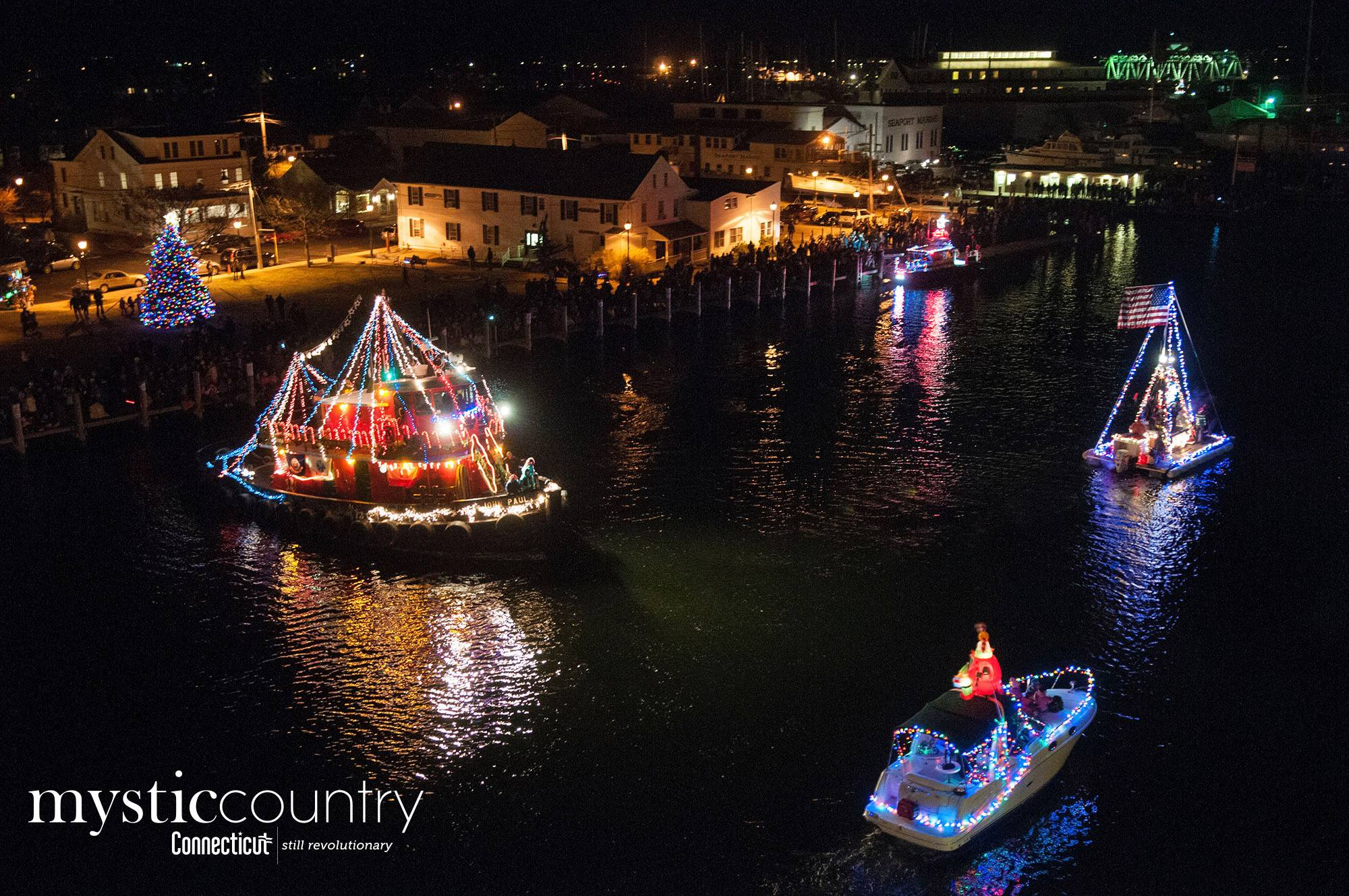 Christmas Boat Parade.Holiday Lighted Boat Parade 2018 In Mystic Ct