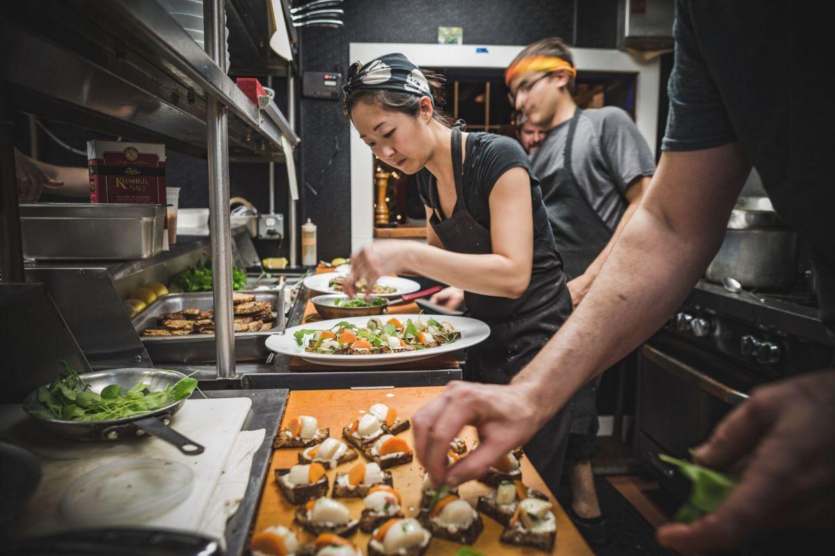 Oyster Club Kitchen