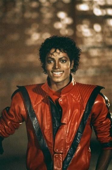 -Thriller-michael-jackson-34408039-396-600