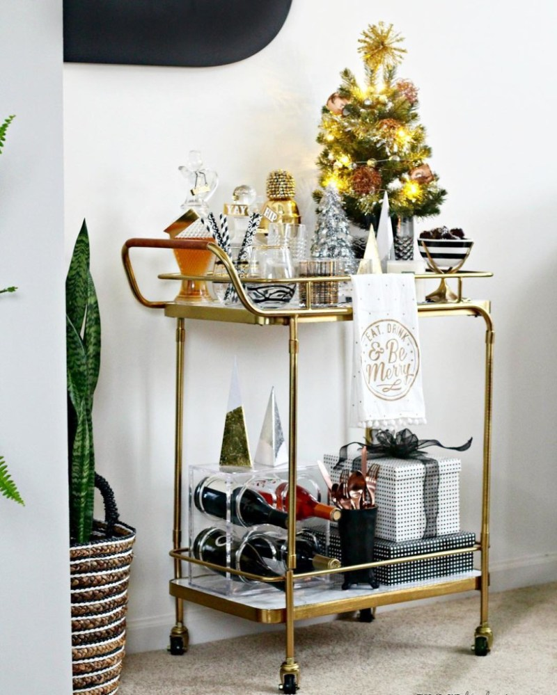 A Merry and Metallic Christmas Home | 12 Days of Holiday Homes Tour 2016: This is our Bliss Christmas Living Room | Holiday Bar Cart styling || www.thisisourbliss.com
