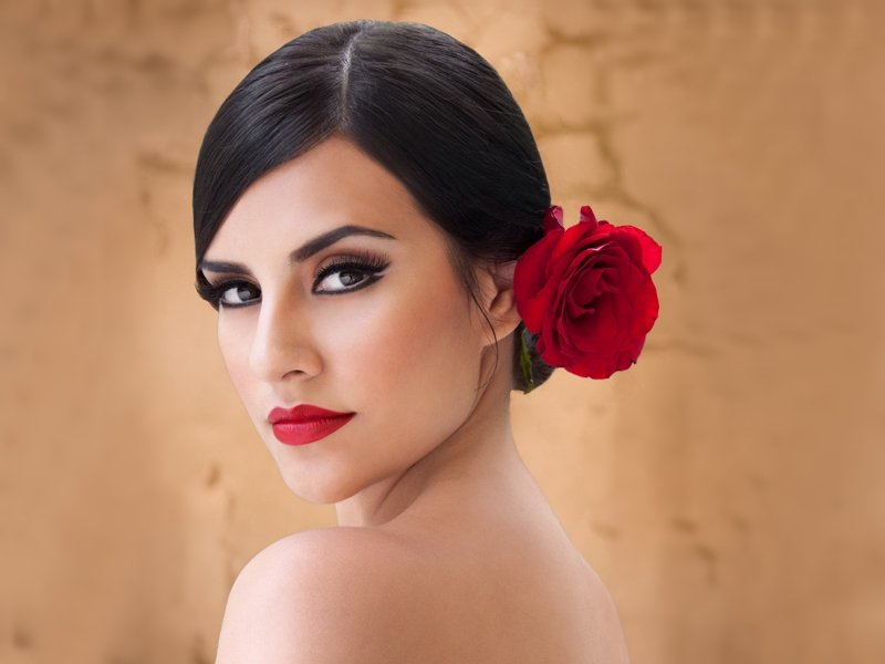 The Ultimate Insider's Guide to Spanish Women - This Is Trouble