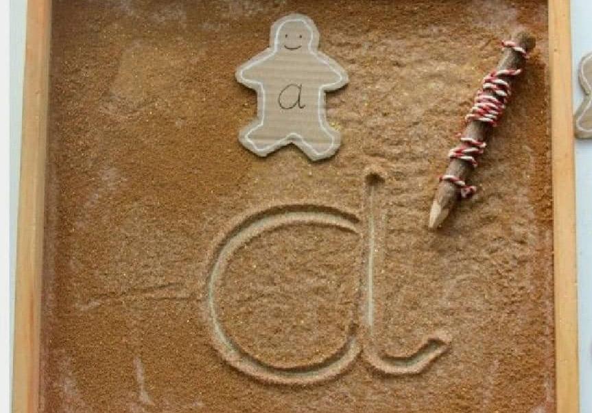 Ζάχαρη ή αλεύρι (Αισθητηριακό παιχνίδι γραφής) -Thisisus.gr