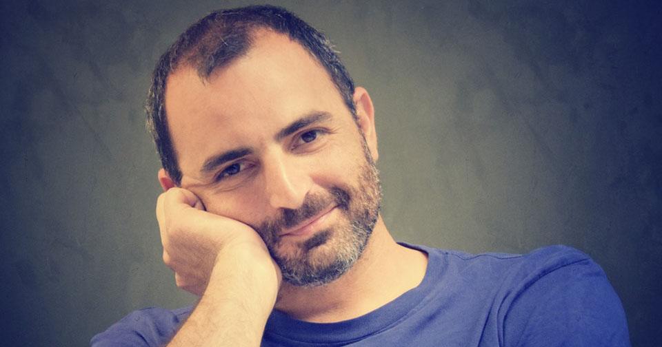 Ο Αντώνης Παπαθεοδούλου μας διαβάζει Τζάνι Ροντάρι –Thisisus.gr