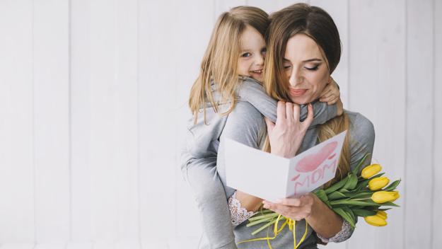 Γιορτάστε τη γιορτή της μητέρας με τα παιδιά – Thisisus.gr