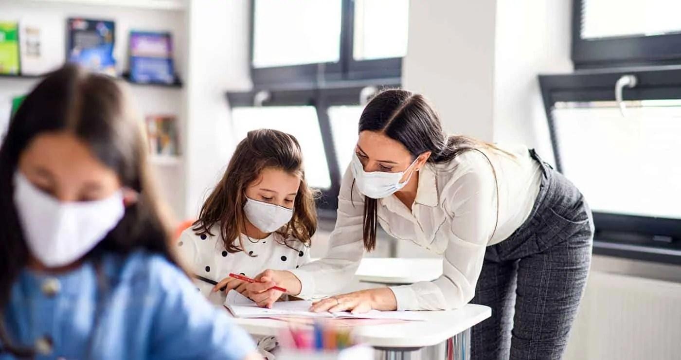 Με όλα τα παιδιά στις τάξεις και με Μάσκες το άνοιγμα των Σχολείων-Thisisus.gr