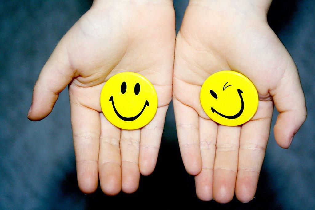 30 Θετικά Λόγια που κάνουν καλό στα παιδιά μας – Thisisus.gr