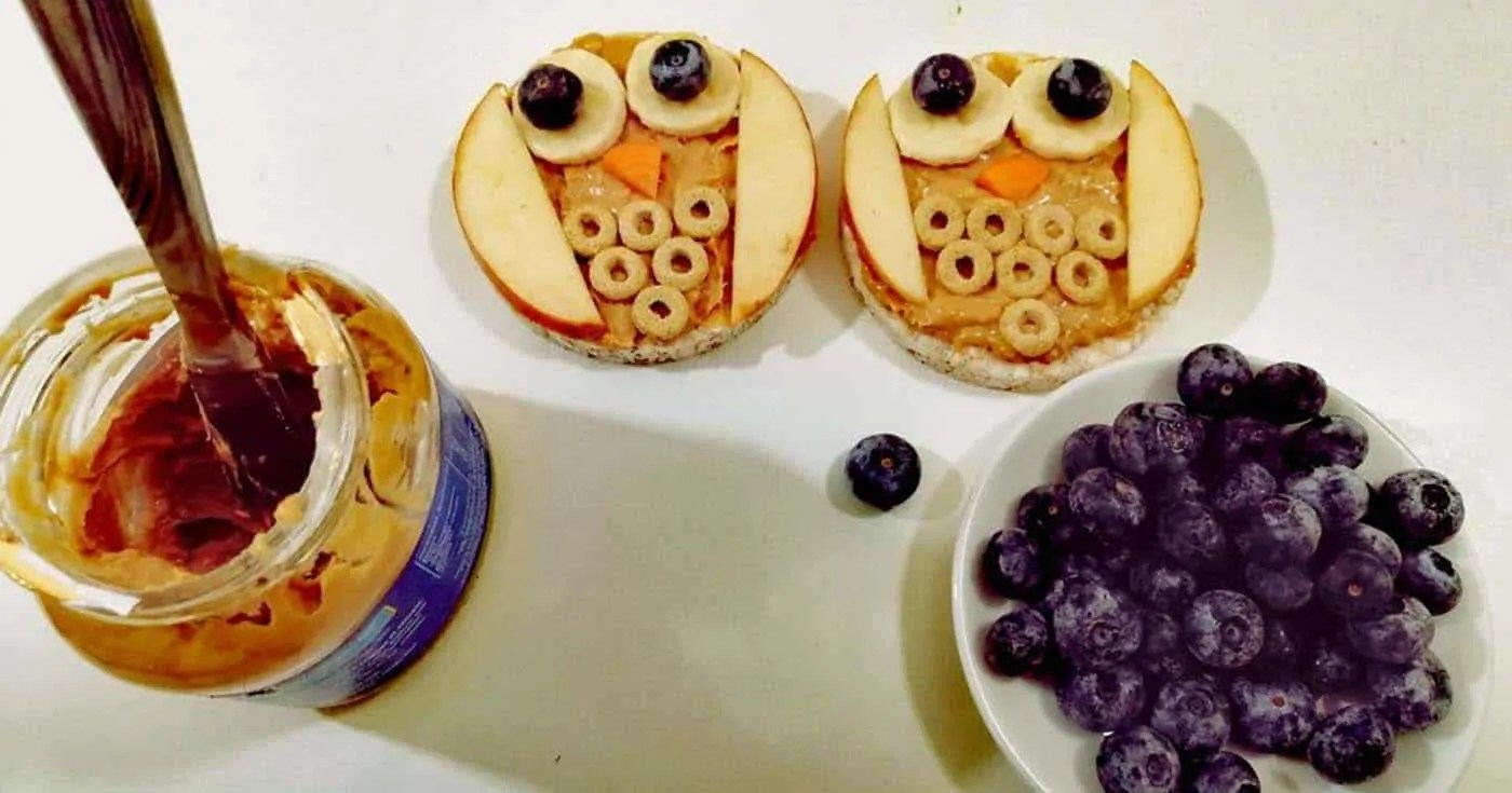 Κουκουβάγιες με φυστικοβούτυρο και φρούτα (Food is Art)  –Thisisus.gr