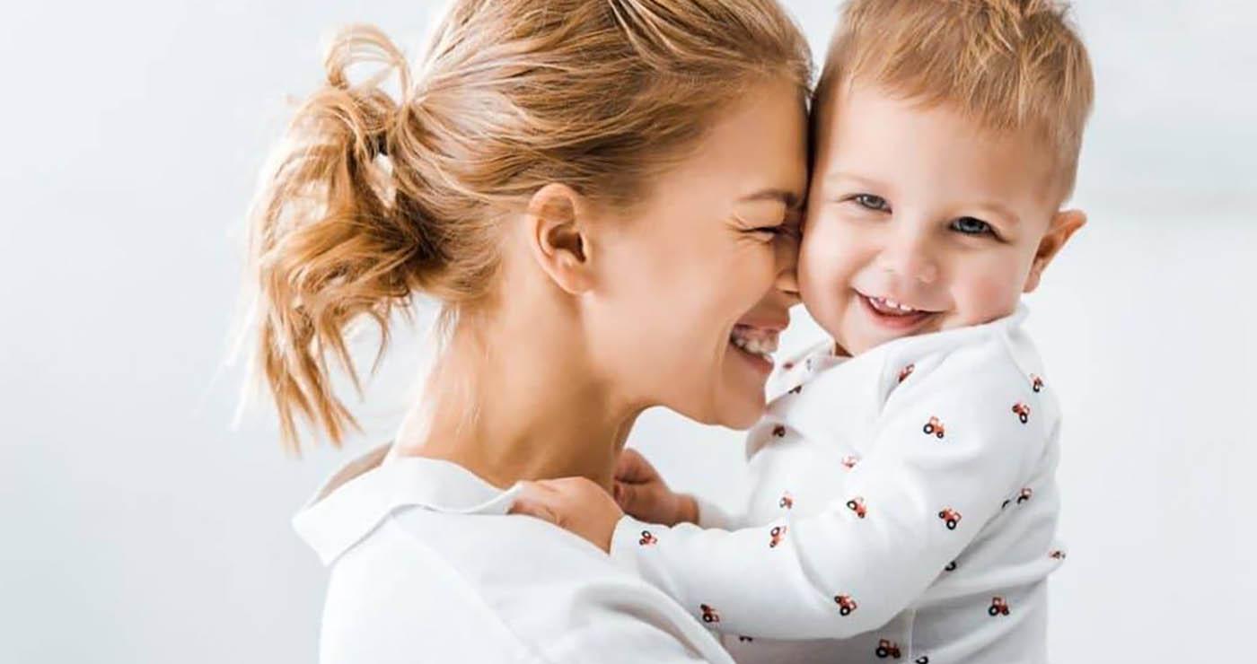 Πώς να κάνετε το παιδί σας να αισθάνεται ότι το αγαπάτε κάθε μέρα: 75 θετικές εκφράσεις για τα παιδιά –Thisisus.gr