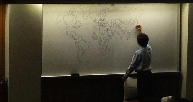 11χρονος με αυτισμό σχεδιάζει τον παγκόσμιο χάρτη από μνήμης – Thisisus.gr