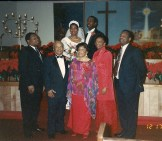 Dr. Monticello Jefferson Howell (front row, second from left) with his family at daughter Dollie Pankey's wedding
