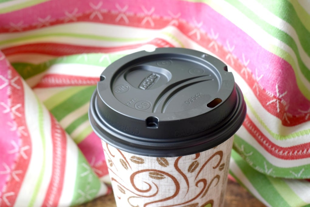 Dixie to Go - Christmas: Hot Holiday Drinks on the Go by This Little Home of Mine