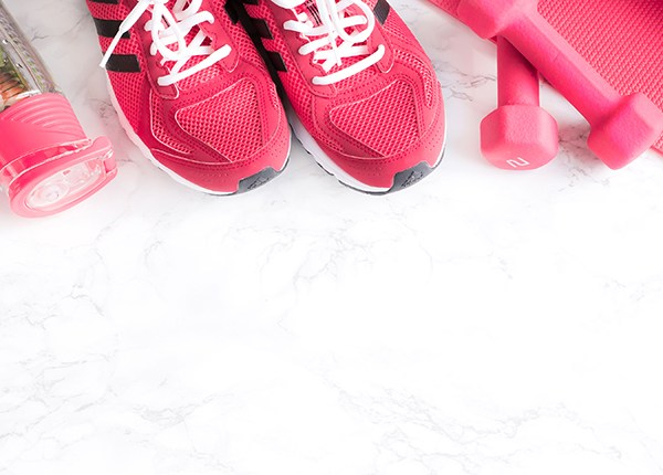 HIIT is high intensity interval training, it's hard work but you push yourself for shorter bursts then slow down again in intervals. Meaning you can reduce the time of your workout, burn fat & build your fitness level. I've found the benefits of HIIT for us busy mums
