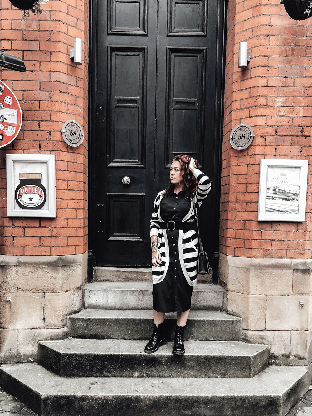 Black & grey, all day! Plus how to style Dr Martens #drmartens #dresses #stripes #casualoutfit #drmartenoutfit #thismamastyle #mumfashion #momfashion #momstyle #mumstyle