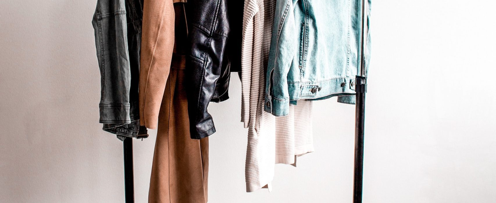 HOW TO UPDATE YOUR WARDROBE WITHOUT SPENDING A PENNY