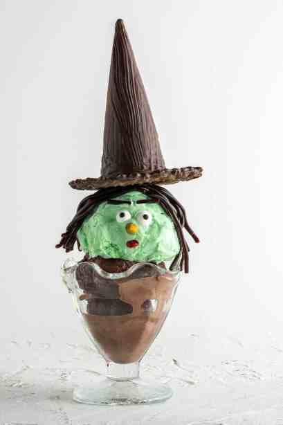Halloween witch ice cream sundaes