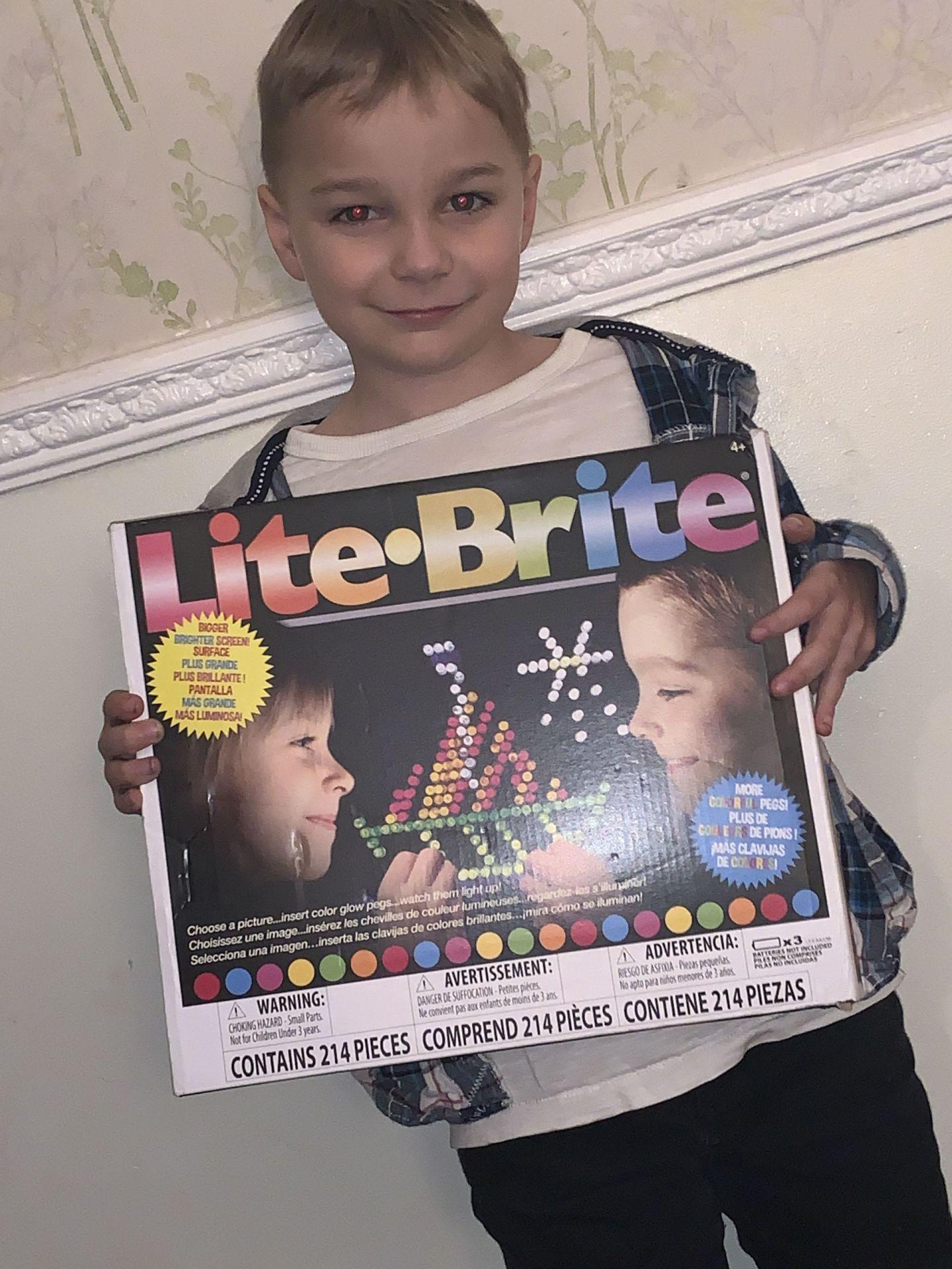 Lite Brite Review :: AD