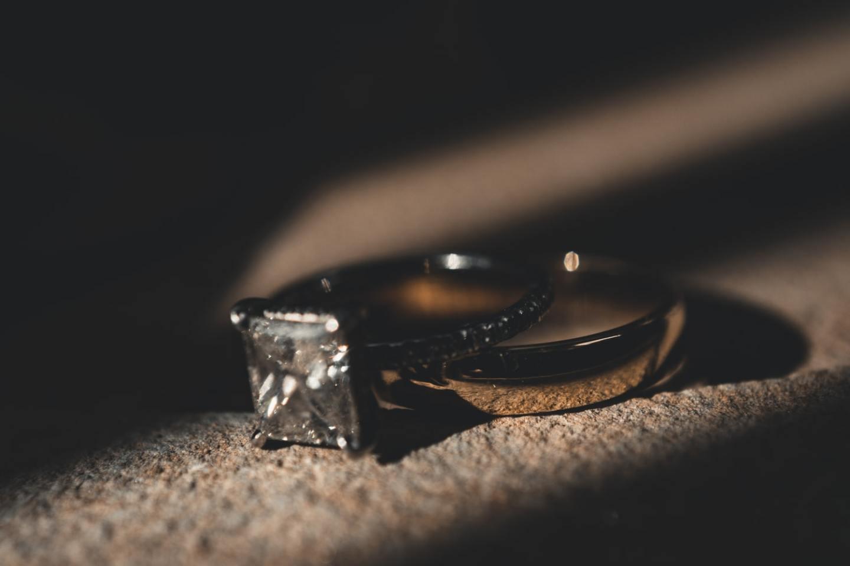 5 Tips for Avoiding Fake Diamonds Online