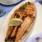 salmone rosado viejo marino
