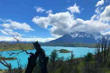 Vista lago pehoe da sentiero mirador del condor