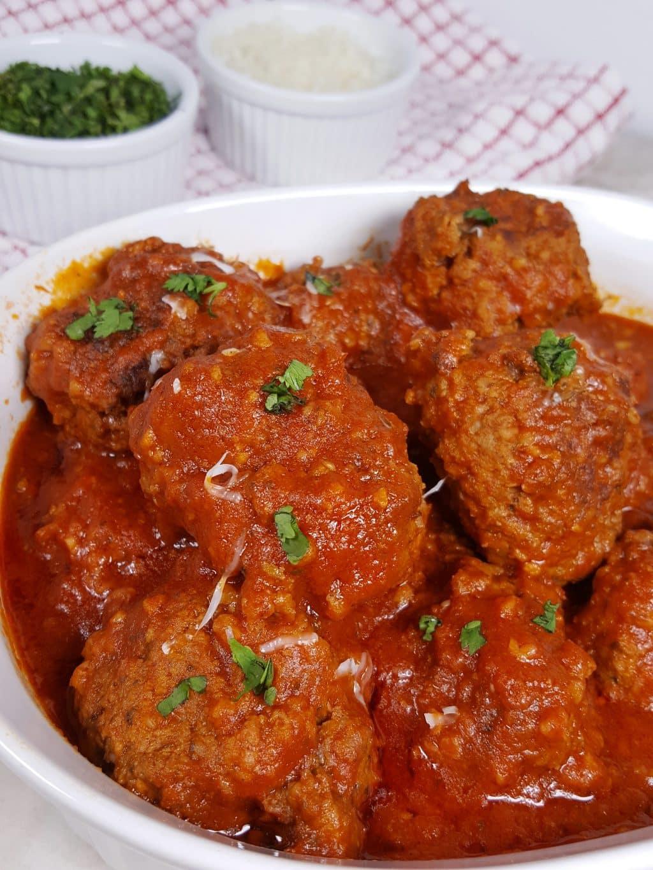Pressure Cooker Italian Meatballs in Red Wine Sauce