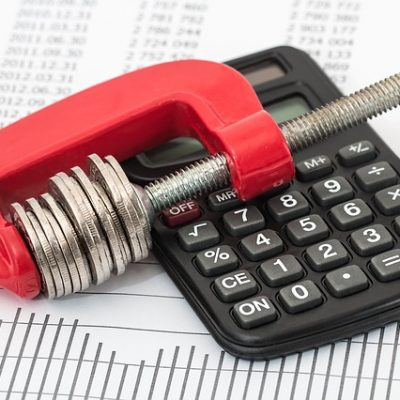How to Save More Money – 8 Effective Tips to Cut Down on Expenses