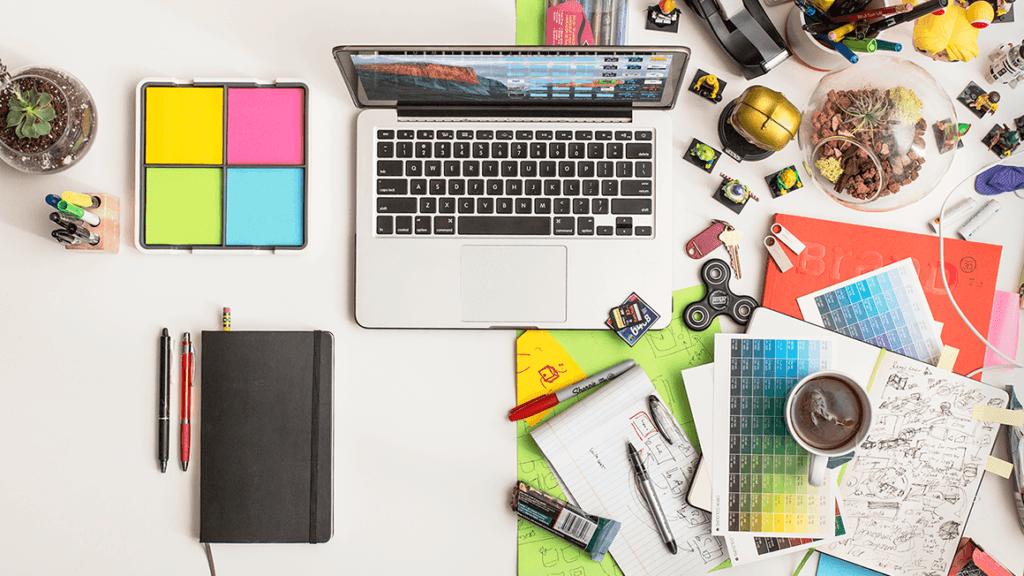 messy-vs-clean-desk
