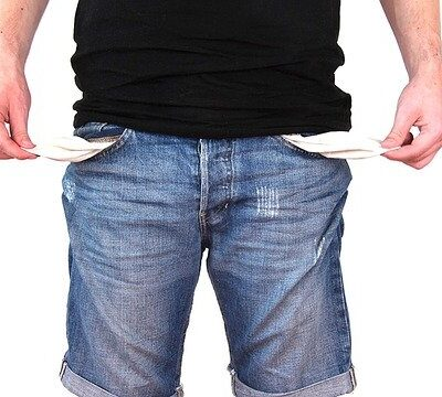 Sick Of Having No Money? 12 Tips For When You're Struggling Financially