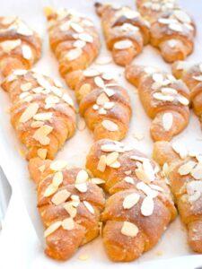 keto-almond-croissants