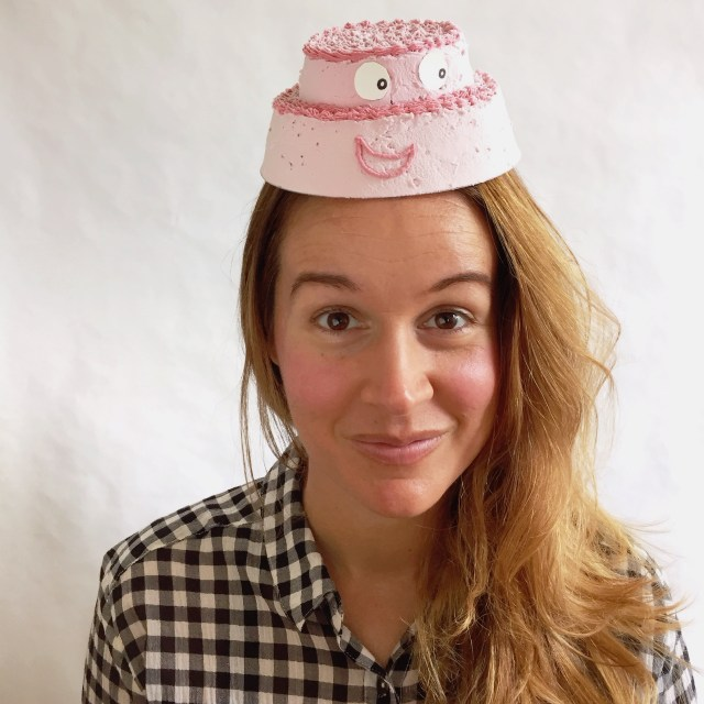 rude-cake-hat