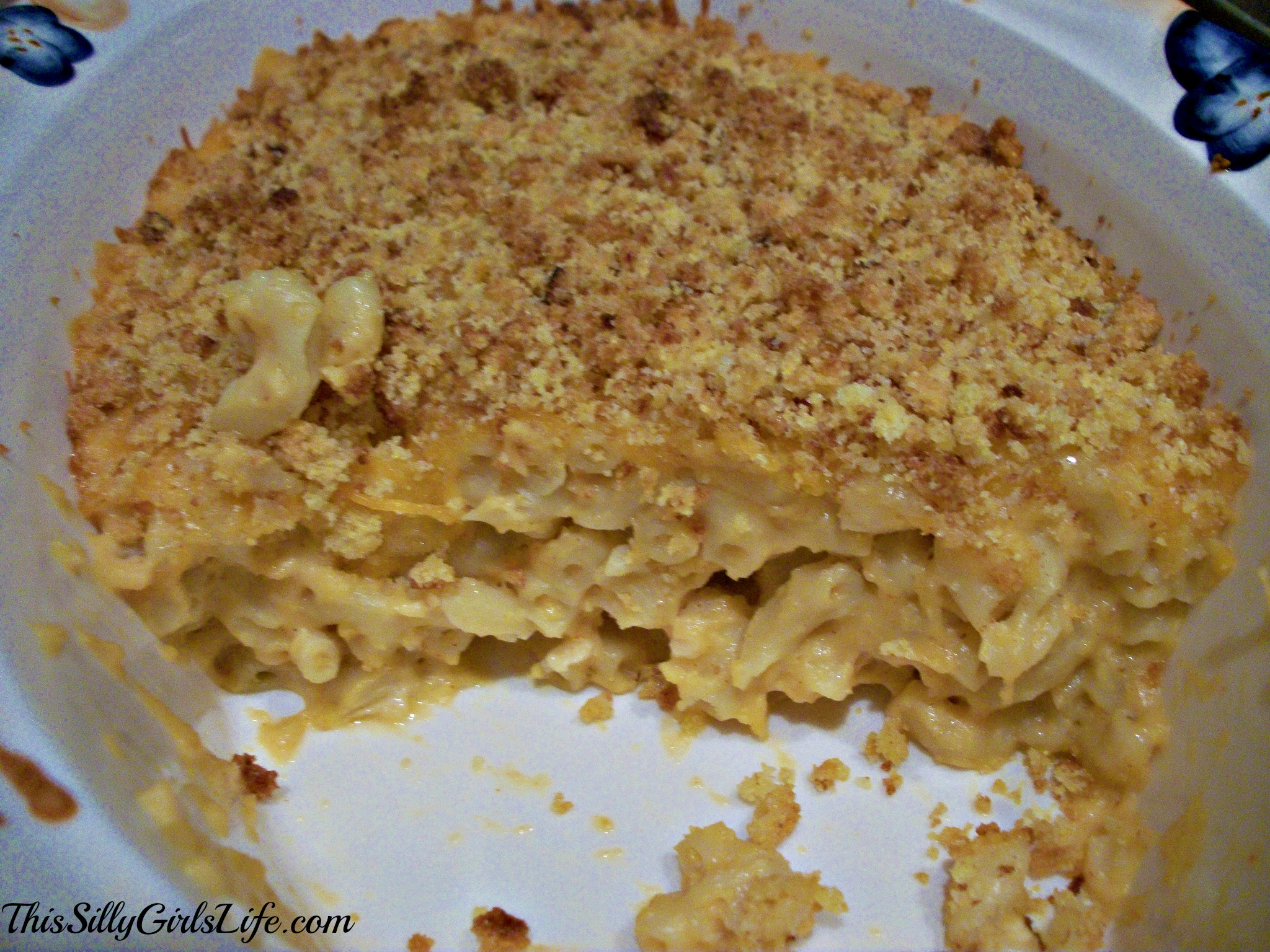 Baked Macaroni and Cheese with Cornbread Crust from ThisSillyGirlsLife.com
