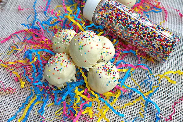 Birthday Cake Truffles, so easy, no bake, made with twinkies and topped with colorful sprinkles!