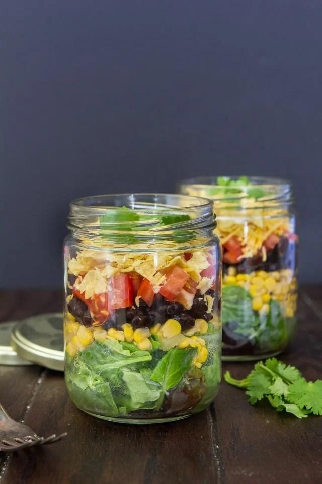 Mexican-salad-in-a-jar-640x960