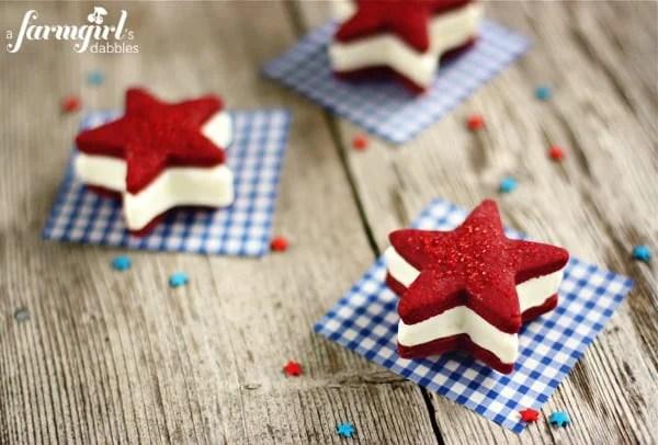 Twenty Five Star Desserts, a variety of fun desserts in star shapes! - ThisSillyGirlsLife.com #stars #stardesserts #fourthofjuly