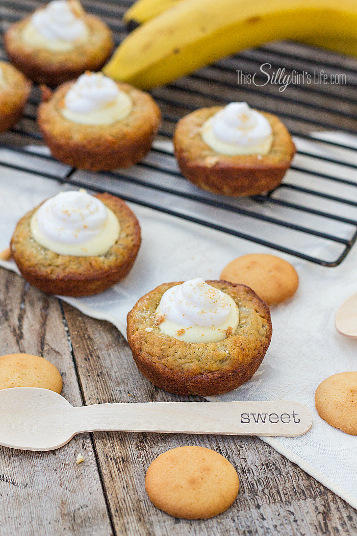 Banana Bread Pudding Cups, cute, banana bread cups filled with vanilla pudding, whipped topping and vanilla wafer crumb garnish! - ThisSillyGirlsLife.com #bananabread #bananapudding #puddingcups