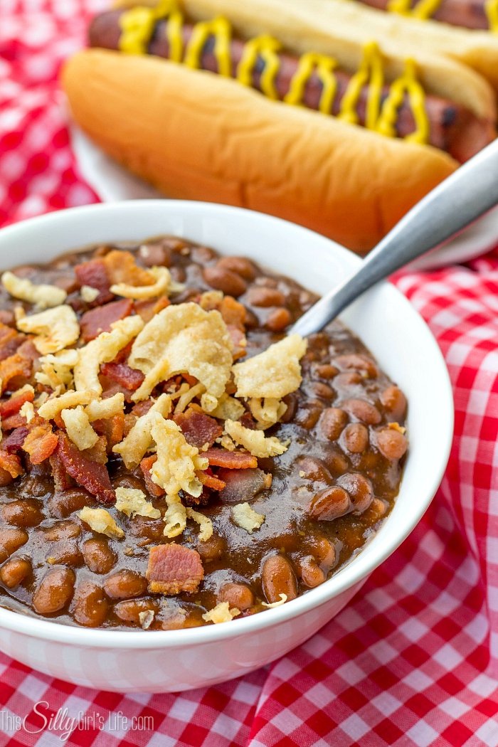 30 Minute Stove Top Baked Beans, don't have time to wait for oven baked beans? Try this delicious sweet and savory 30 minutes stove top version! - ThisSillyGirlsLife.com #FinestGrillathon #ad