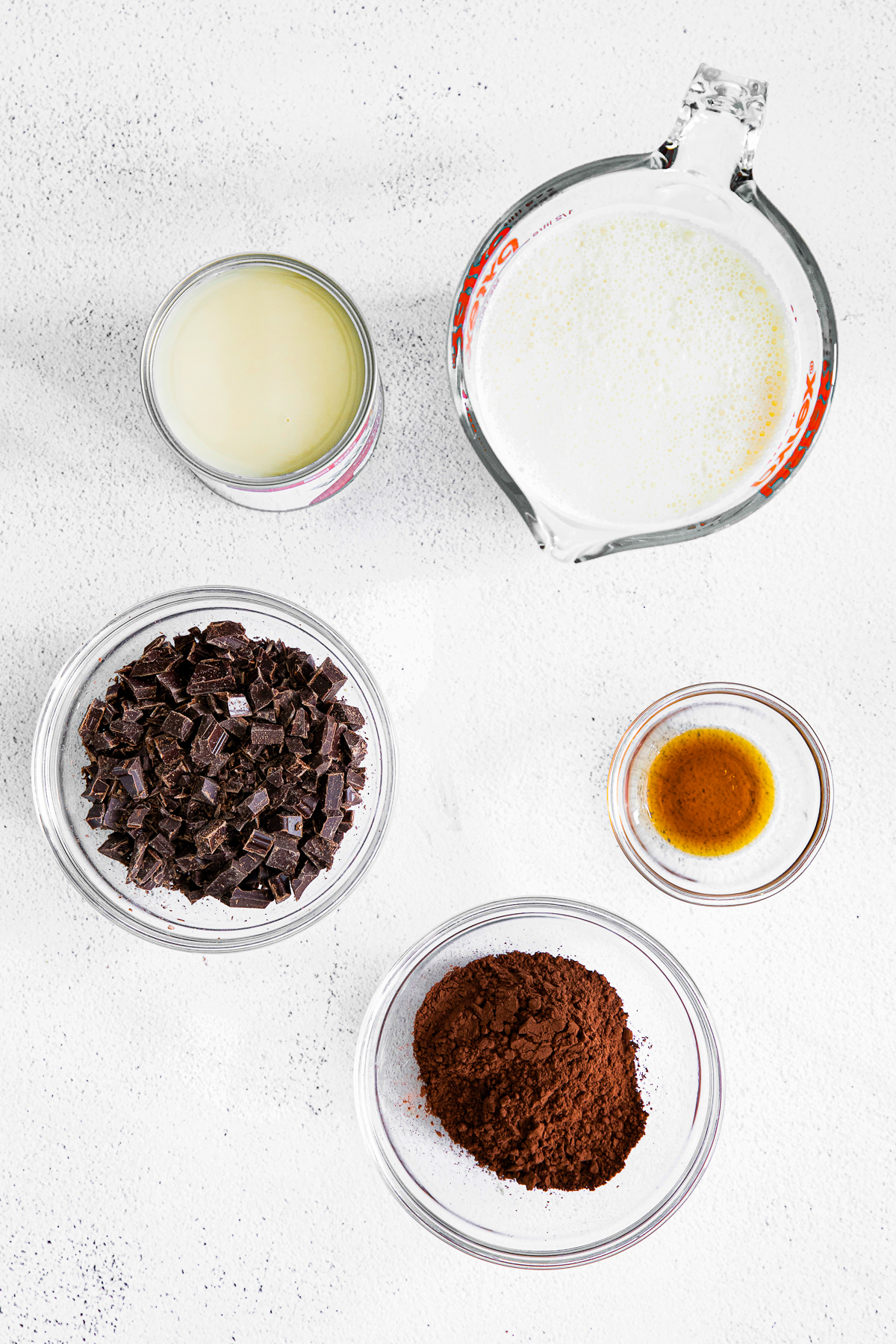 Ingredients needed to make No Churn Chocolate Ice Cream Recipe