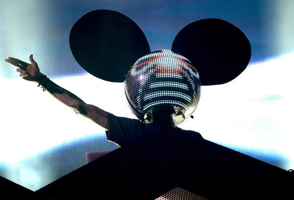 """deadmau5 Previews Funky New Song """"Seeya (ft. Colleen D'Agostino)"""" From Upcoming Album + Mini Interview"""