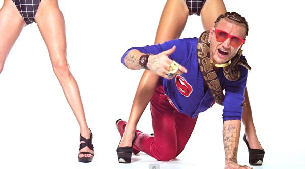 Riff Raff - Dolce and Gabba (Produced by Carnage) (Music Video) : Outrageous Hip-Hop Video