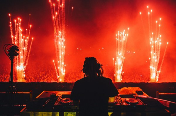 Skrillex Goes Hard For EDC Brasil 2015 [STREAM]