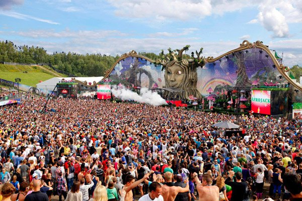TomorrowLand Unleashes 2013 Full Massive Lineup including Stage Lineups